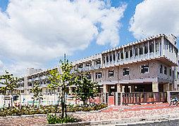 吉川市立美南小学校 約1,170m(徒歩15分)