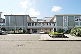 慶應義塾大学日吉キャンパスまで約1,700m(徒歩22分)