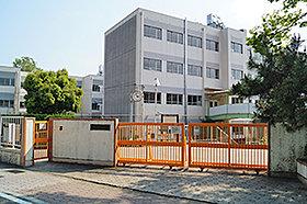 猪高小学校(約770m:徒歩10分)