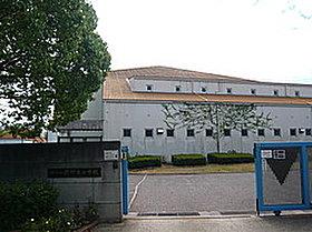 樫野台小学校(約240m・徒歩3分)