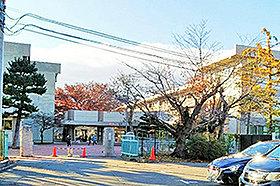 通明小学校(約690m:徒歩9分)