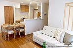 [2号地 内観写真]平成29年9月撮影 ※写真内の家具・調度品などは販売価格に含まれません。