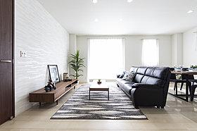 分譲住宅4号地・リビングに温水式床暖房設置