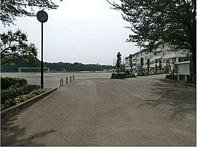 川越市立高階西中学校:徒歩5分(350m)
