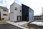 【6号地モデルハウス】 『淀川河川公園タウン-I9』に待望のモデルハウス誕生しました! 玄関扉を開けた瞬間に感動の空間がたくさん溢れています。 是非現地で実際にご覧くださいませ♪