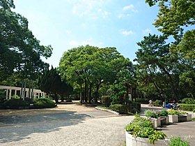 豊島公園まで750m 【徒歩10分】