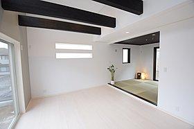 【現地写真】続き間のオープン和室