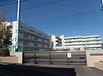 【みたけ台小学校】360m(徒歩5分)
