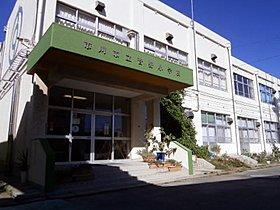 菅野小学校 徒歩2分(約150m)
