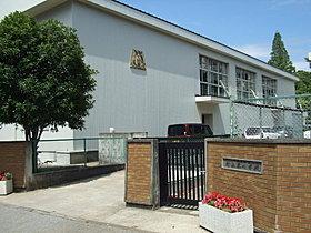 ◆村上東小学校◆1440m 徒歩18分