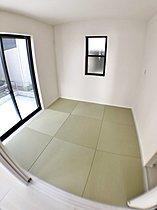 洋和室 お手入れしやすいインテリア畳を使用した洋和室!