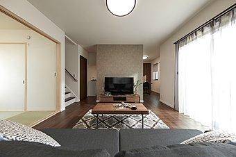 """■【南海電鉄・南海不動産】がお届けする新しい建売住宅。■""""外部と内部を繋ぐ""""をテーマに4邸それぞれにコンセプトを持たせました。■さらに全4邸とも「長期優良住宅」認定。"""