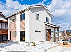 御薗宇フジグラン近くの、お問い合わせの多い平地に全4区画の分譲住宅が誕生