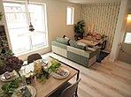 【B号棟内観】堂々完成。ご入居後のイメージしやすい家具展示中。内見のみ可能です。お気軽にどうぞ。