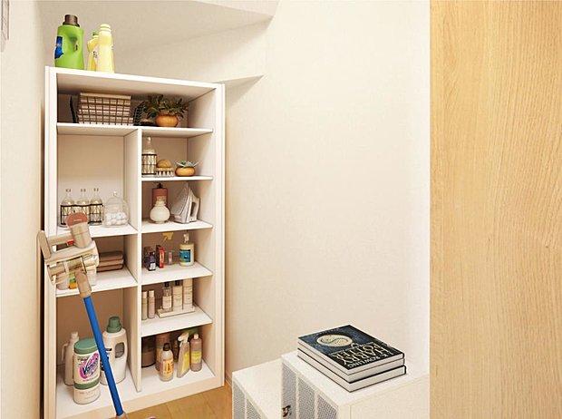 【【23号棟】その他画像】【階段下収納】掃除道具の収納や日用品の買い置きなどにぴったりです。