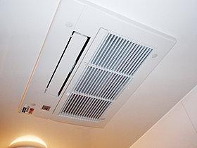 ミスト機能付き浴室暖房乾燥機