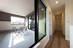 主寝室のスキップステージは趣味のお部屋や収納にも使えます♪