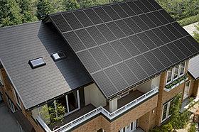 太陽光発電年間搭載棟数、業界No.1