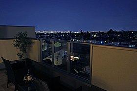 NEWモデルハウス4号地:眼下に拡がるバルコニーからの夜景