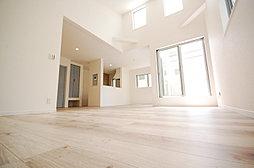 【NEW】「杉田」駅5分×4LDK2階建て 充実な仕様設備全2...