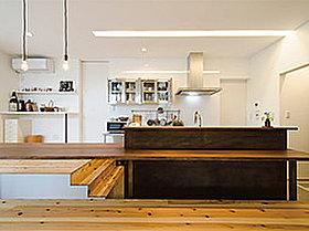 キッチンとダイニングを一体化すると、家事効率がグンとUP!