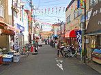 「京町商店街」徒歩2分 賑わいのある商店街です。