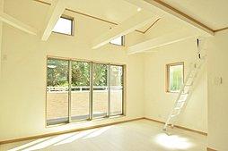 「八王子市大谷町」 ~ 利便性と緑豊かな自然環境に恵まれた邸宅...