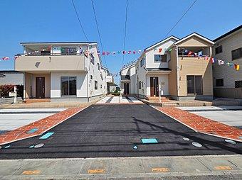 ◆区画整理中の川口里の青空と調和する新築全4棟◆
