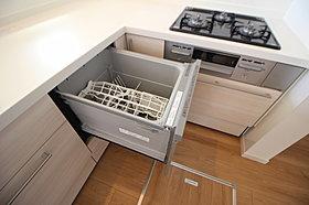 毎日の家事を助ける食器洗浄機