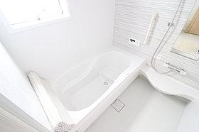 梅雨時のお洗濯にも便利な浴室換気乾燥機付き