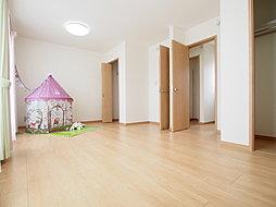 2室共通の子供部屋施工例