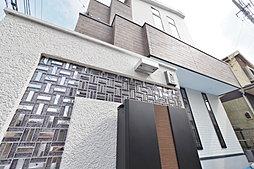 大型の吹抜け、大型ロフトを設けたLDK20帖超えのデザイン住宅