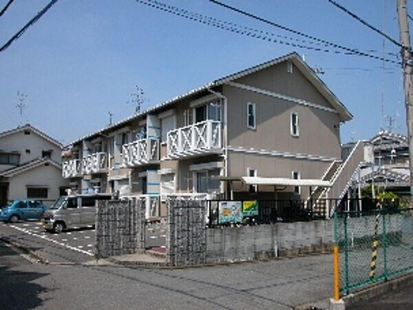 アメニティ高田[2階]の外観