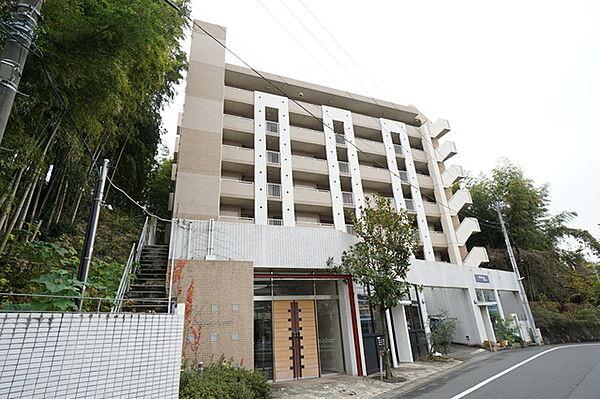 神奈川県川崎市多摩区西生田4丁目の賃貸マンション