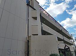 ドゥウェルプレシャス[4階]の外観