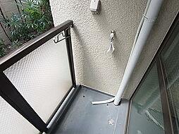 パル東須磨の室外洗濯機置き場