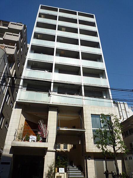 コンフォリア西麻布[3階]の外観