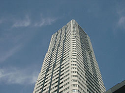 ディーグラフォート大阪N.Yタワー肥後橋[5階]の外観
