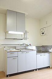ビレッジハウス五個荘2号棟の収納もしやすいキッチンスペース