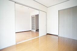 ラ・フォンテーヌの洋室