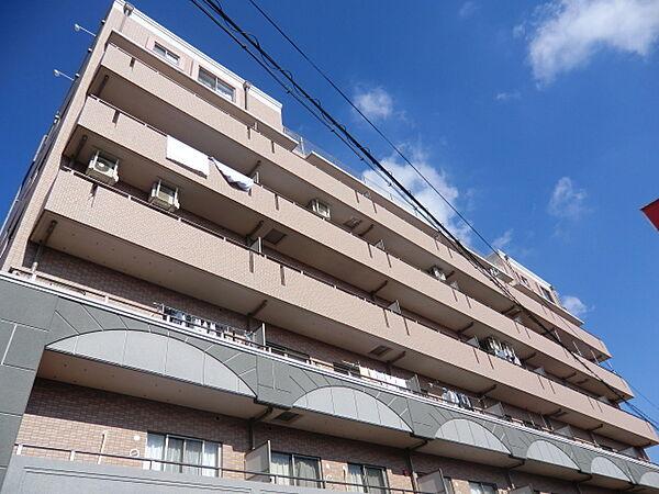 ウィングヒルズ[2階]の外観