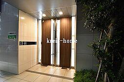 東京都新宿区市谷柳町の賃貸マンションの外観