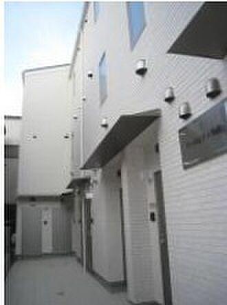 東京都北区滝野川6丁目の賃貸アパートの外観