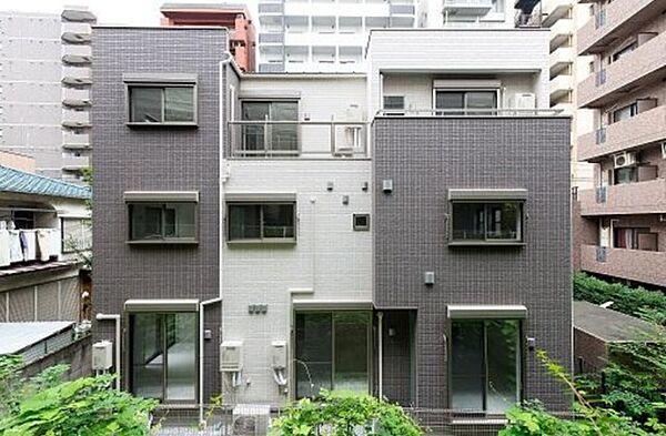 東京都文京区音羽1丁目の賃貸アパートの外観
