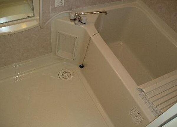 フォルトーナのシャワー付 バストイレ別