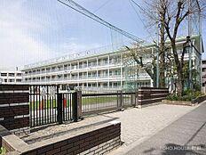 世田谷区立赤堤小学校 距離1090m