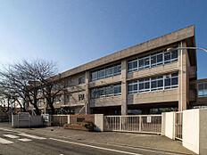 東村山市立第六中学校(約280m)