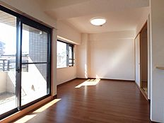 全室リフォーム済みの綺麗な住まいので即入居可能です。