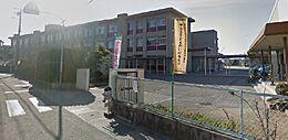 北浜小学校まで約390m(徒歩7分)