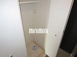 グラン・アベニュー西大須の室内洗濯置き場